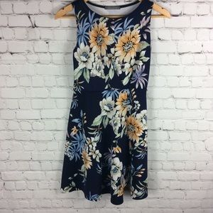 Suzy Shier Skater Dress Floral Navy Size Small